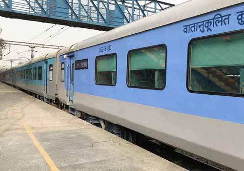 Same Day Agra Tour by Shatabdi Express